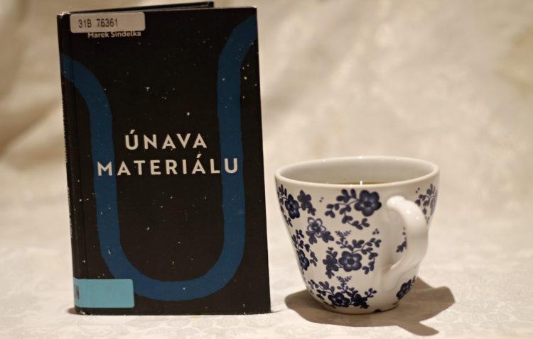 Recenze: Únava materiálu - Marek Šindelka