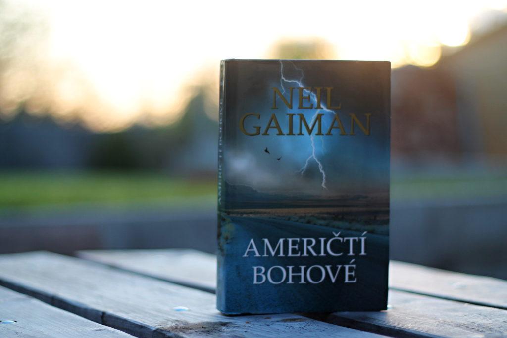 Neil Gaiman: Američtí bohové Vyznání mužům mého života, gaiman
