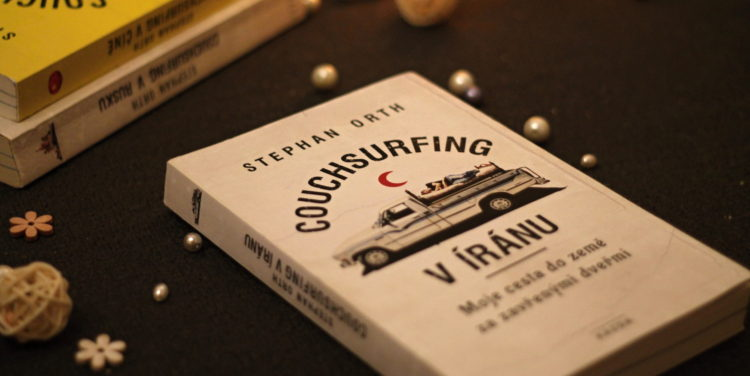 Recenze: Couchsurfing v Íránu - Stephan Orth