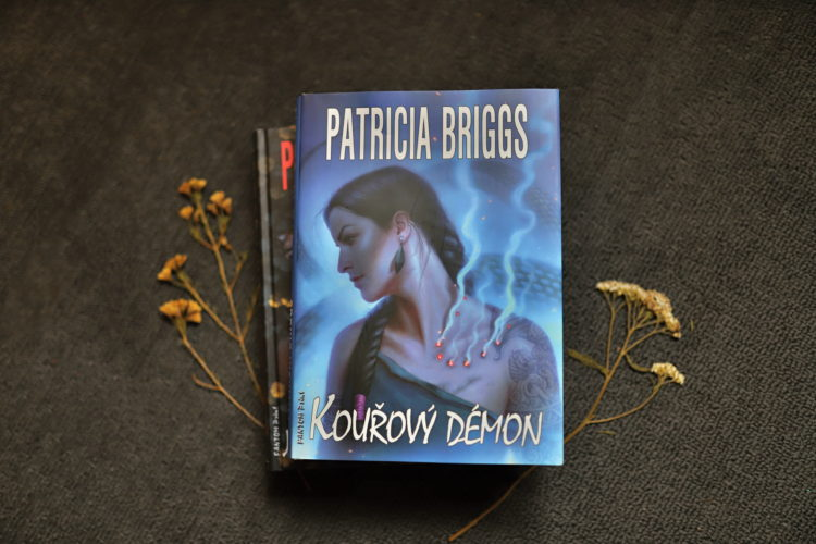 Recenze: Mercedes Thompson 12: Kouřový démon – Patricia Briggs